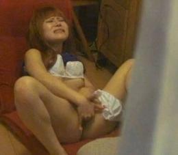【お姉さんの潮ふき・オナニー動画】両刀使いで感じまくる美人お姉さん-100