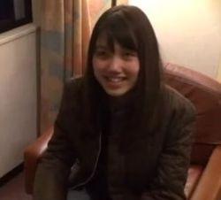 【お姉さんの潮ふき・オナニー動画】パンツ手入れで感じまくる笑顔がロリ可愛い素人美人お姉さん-12:33