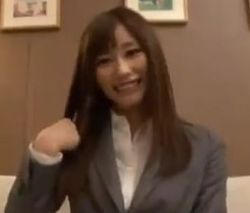 【OLの潮ふき・オナニー動画】電マを持たされオナって感じまくるOL美人お姉さん-10:04